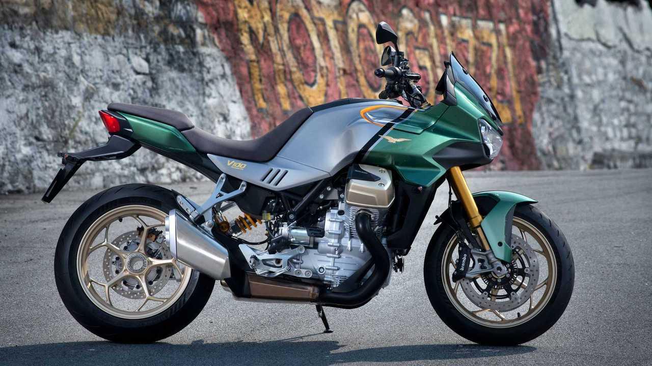 2022 Moto Guzzi V100 Mandello - Side, Left (Green)