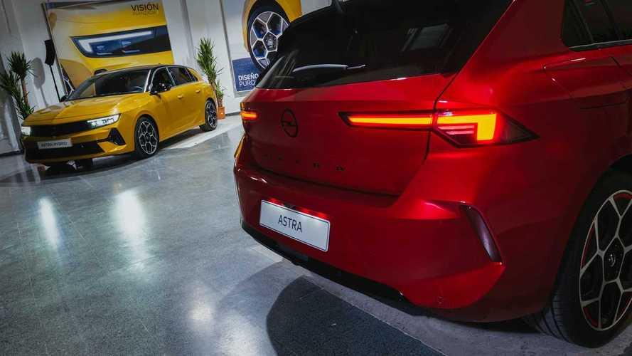Opel Astra 2022 presentación estática