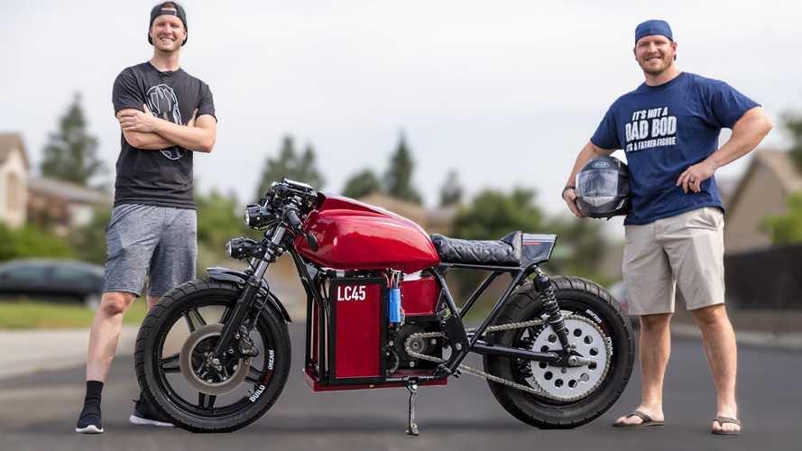 Así es como estos chicos fabricaron una Honda CB750 eléctrica
