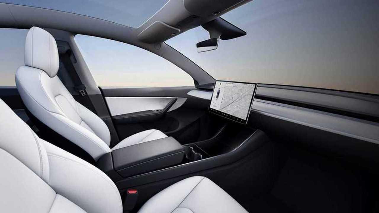 Tesla Direksiyonsuz İç Mekan Tasarımı