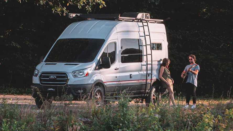 Оцените дом на колесах на базе Ford Transit