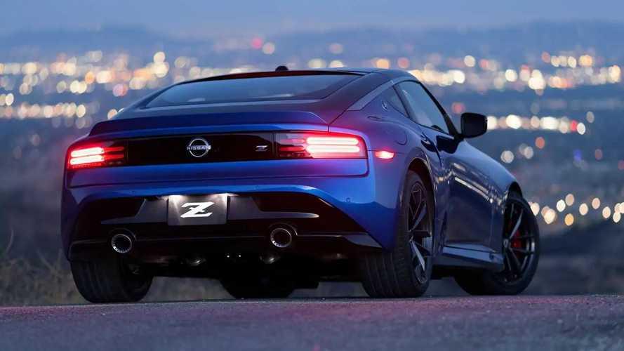 Hallgasd meg a 2023-as Nissan Z 400 lóerős ikerturbós V6-os motorját!