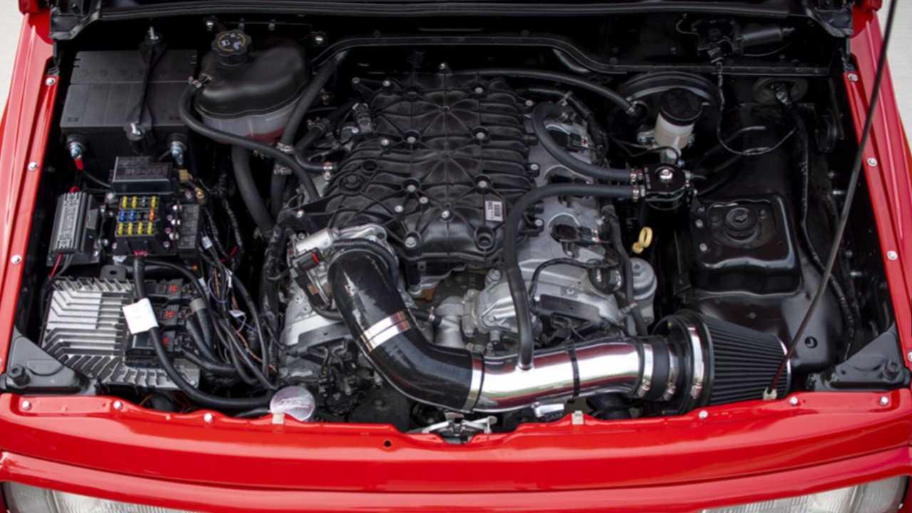 La Suzuki Vitara del 1996 con motore V6 della Chevrolet Camaro