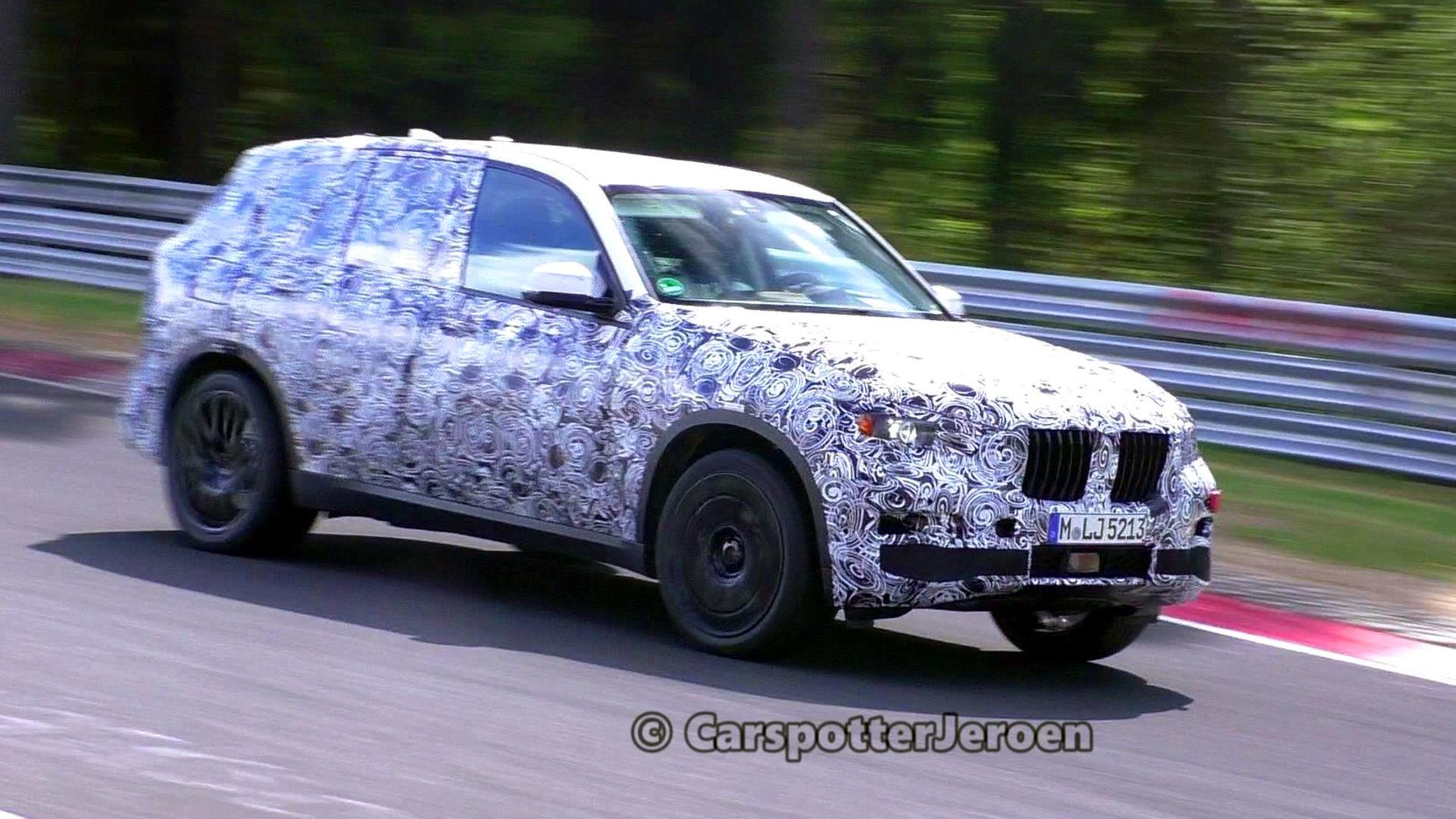 Big And Heavy BMW X7 Looks Quite Agile On Nurburgring