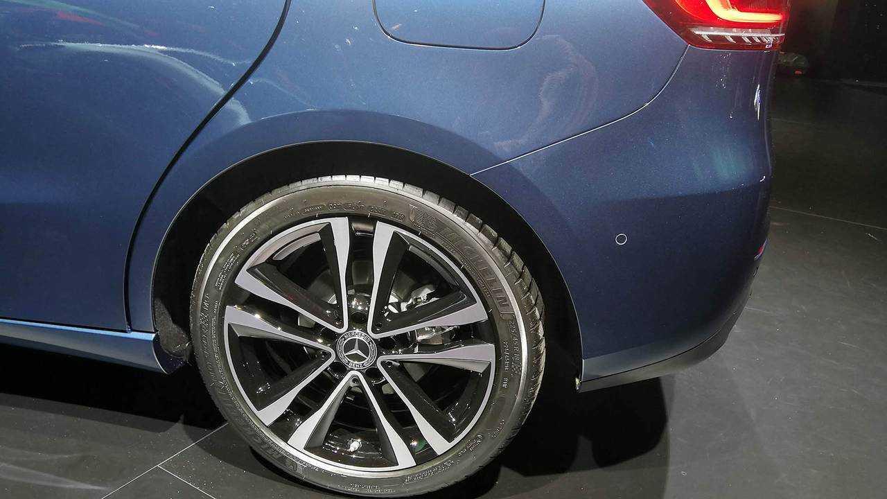Mercedes B-Klasse - Sitzprobe Pariser Autosalon 2018