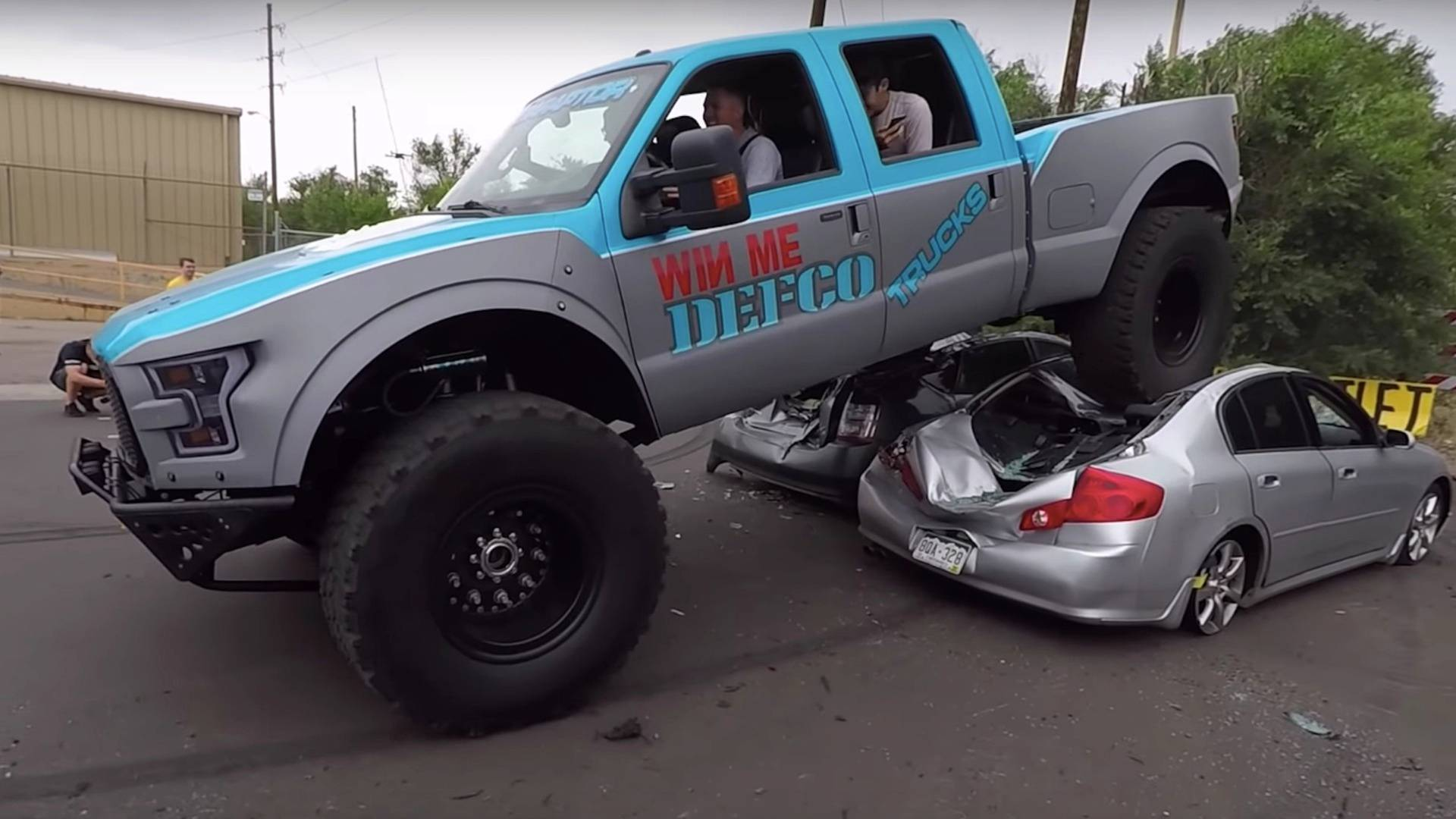 This ford f 350 mega raptor makes all other raptors look cute