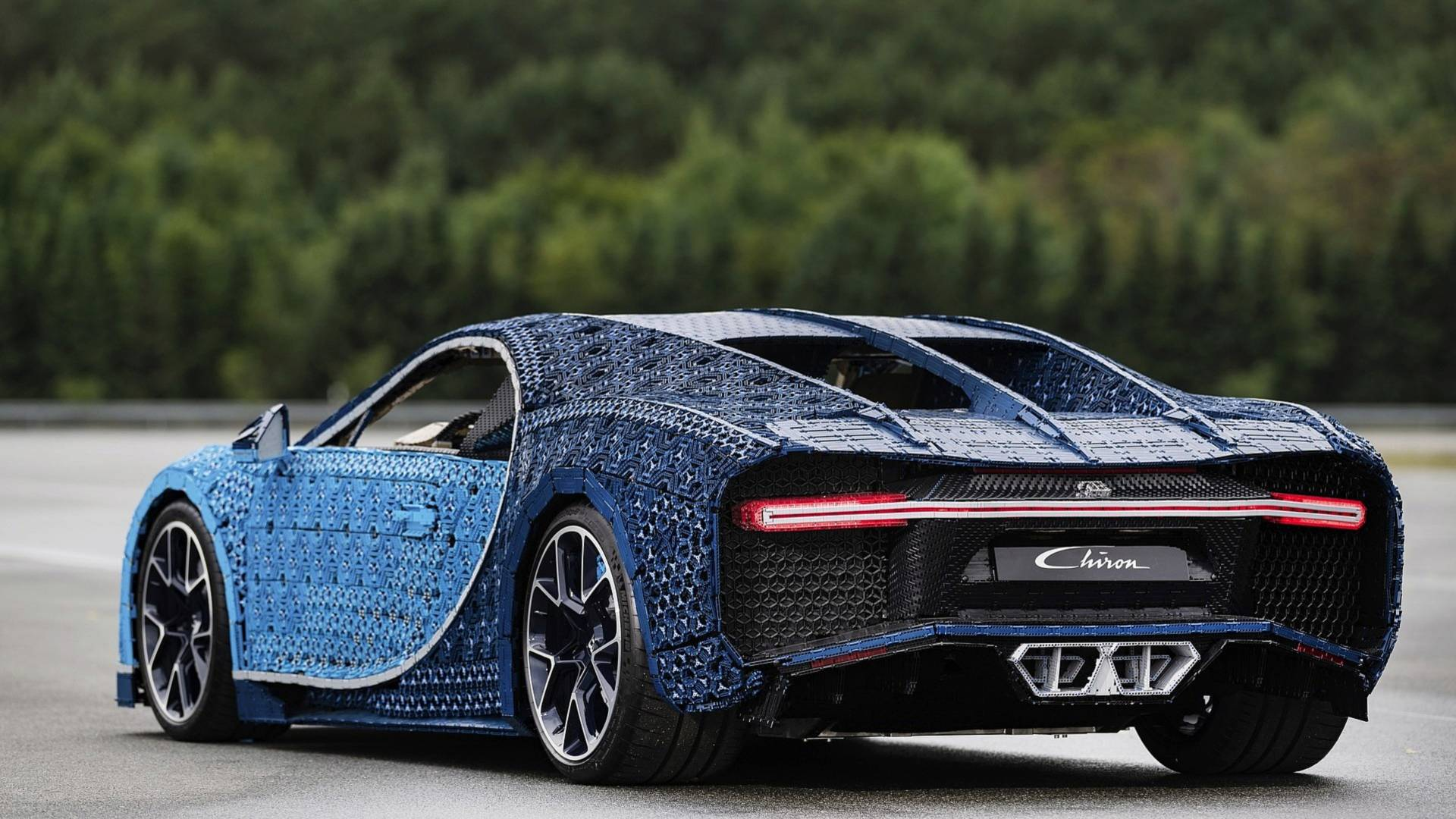 11 Bugatti Chiron Lego Detailed On Video Like A Real Car