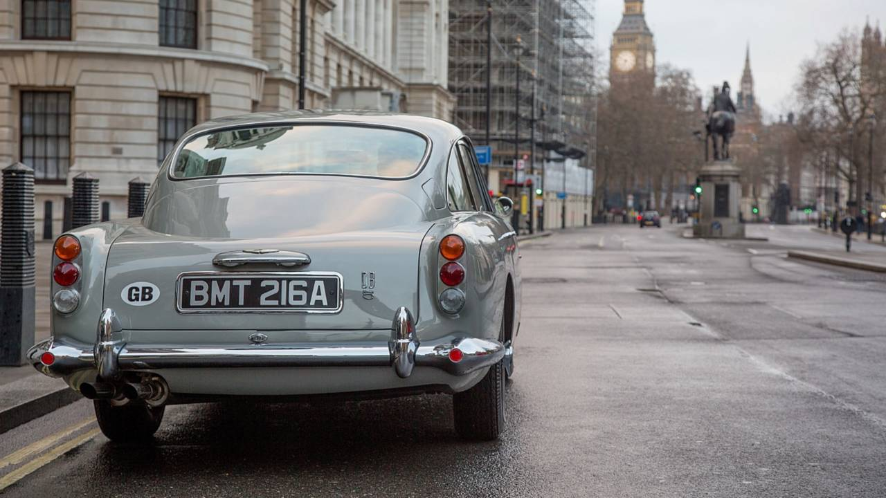 Nuevo Aston Martin DB5 de James Bond (Goldfinger)