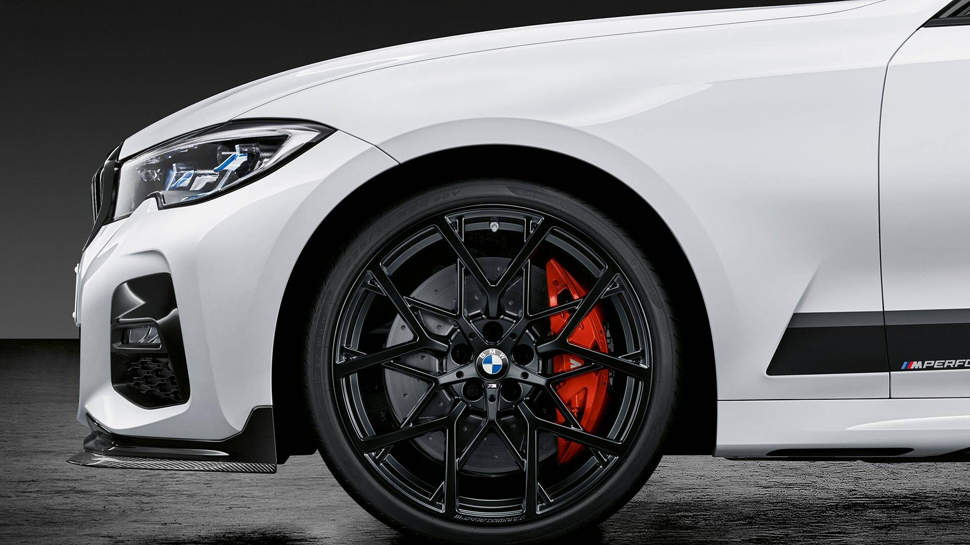 2019 Bmw 3 Series Shows Off Its Sporty M Performance Parts