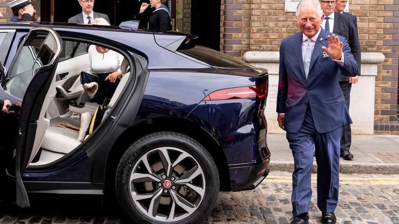 Prens Charles Jaguar I-Pace satın aldı