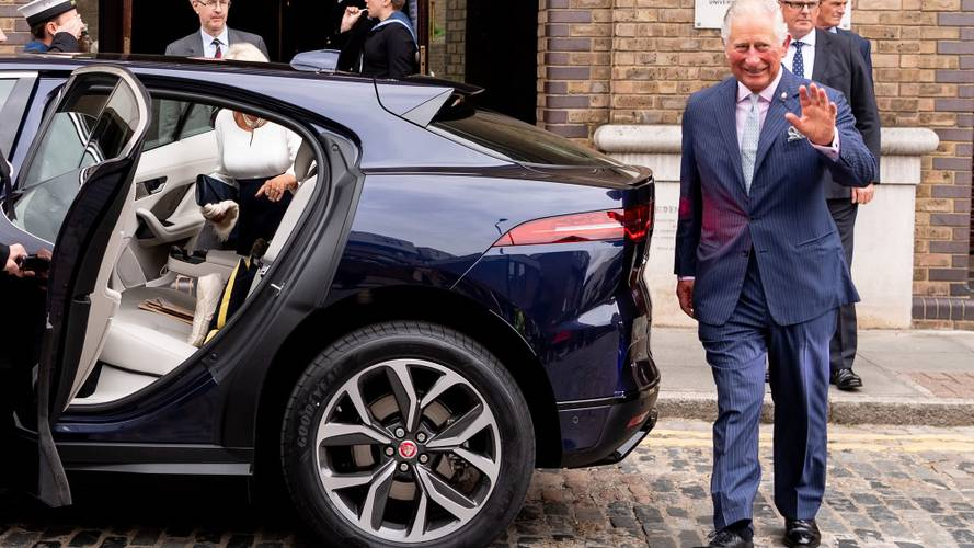 Prens Charles, kendisine bir Jaguar I-Pace aldı