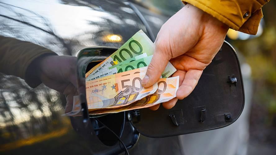 Prezzo benzina, 5 regole per ridurre il costo del vostro viaggio