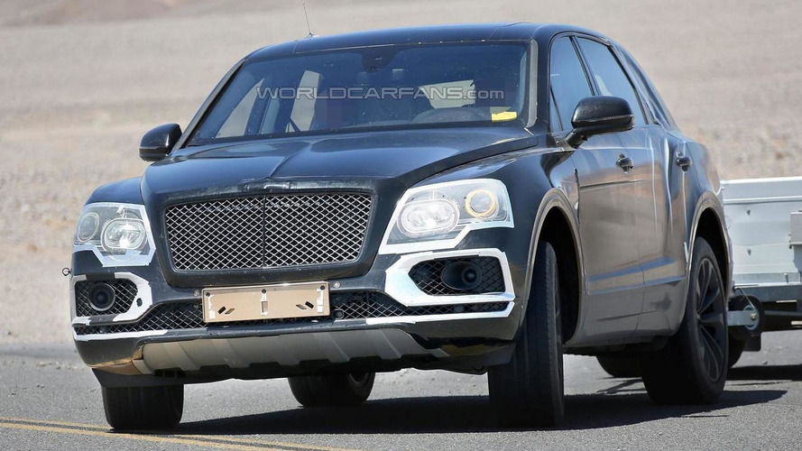 Bentley Bentayga spied with slightly less camo testing in Death Valley