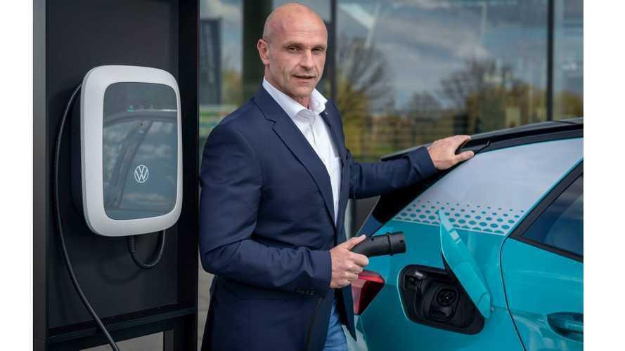 VW lança carregador doméstico para o ID.3 pelo equivalente a R$ 2.320