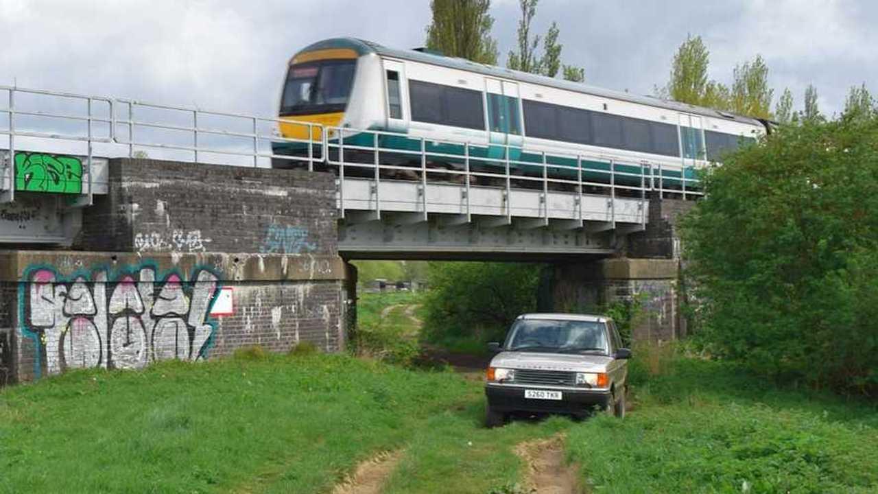 Bangernomics: $3k Range Rover vs. train
