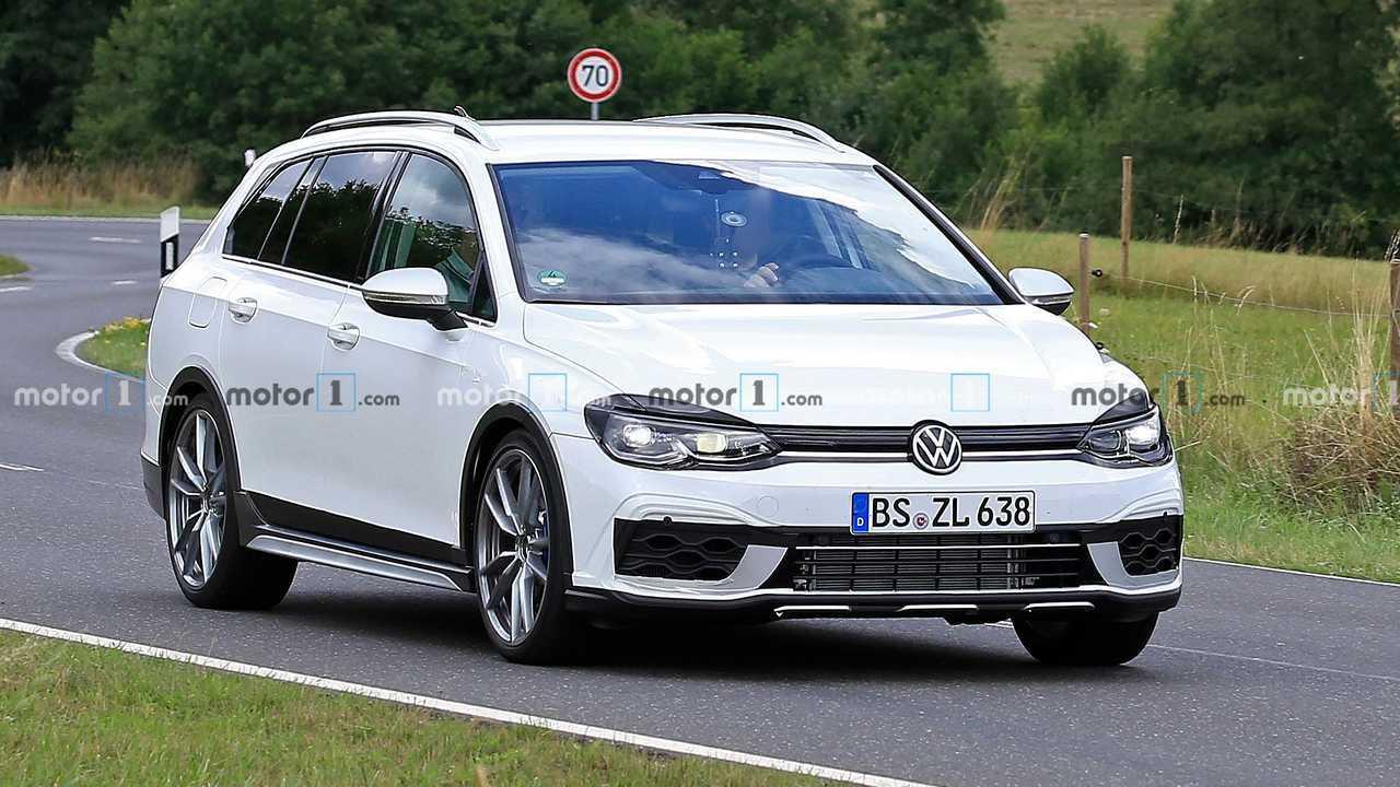 VW Golf R Ingatlan teszt öszvér első