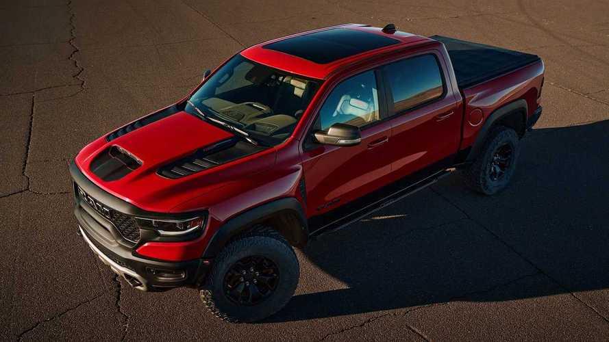 Európába is érkezik az amerikai kisteherautó-piac legújabb üdvöskéje, a Ram 1500 TRX