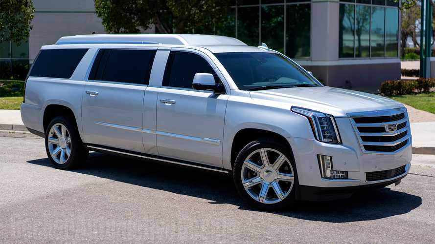 Tom Brady's Stretched Cadillac Escalade Isn't Compensating For Anything