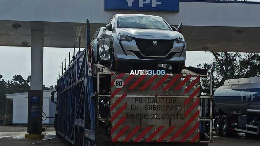 Novo Peugeot 208 2021 começa a sair da Argentina rumo ao Brasil