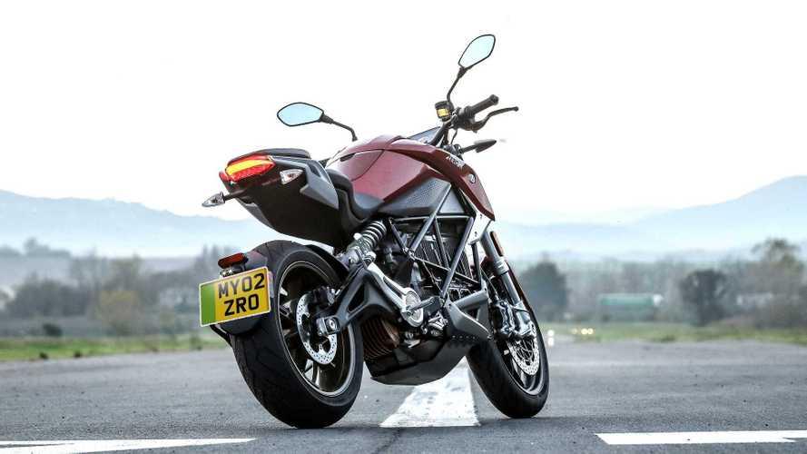 Regno Unito: targhe verdi per moto e scooter elettrici