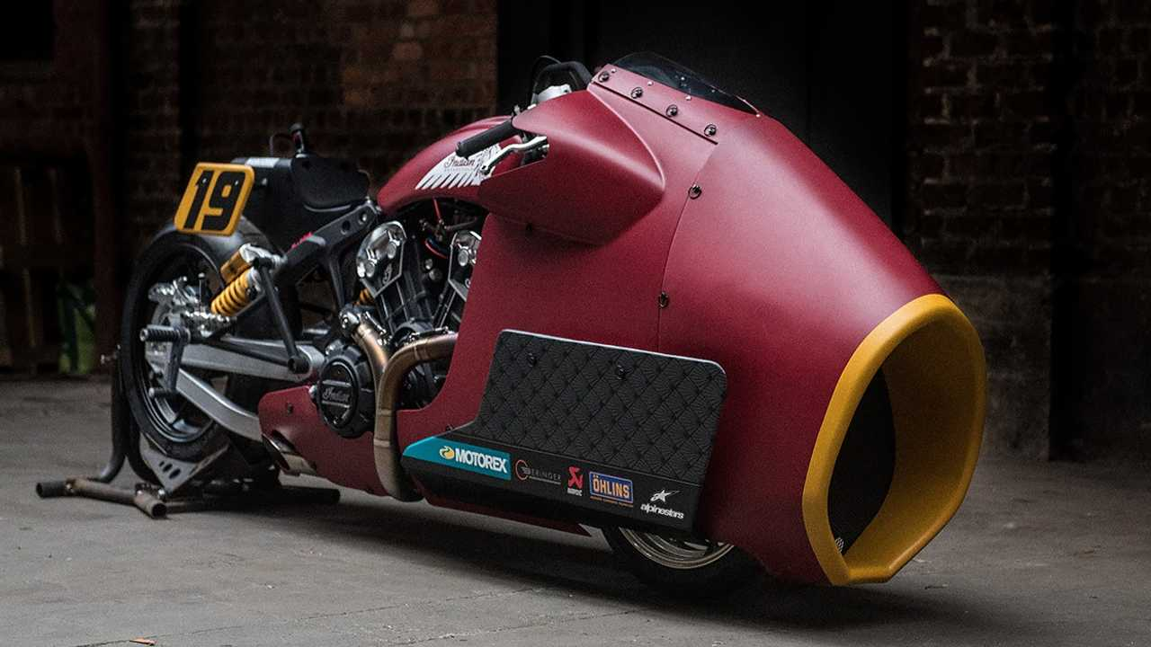 Indian Scout Bobber Drag 1
