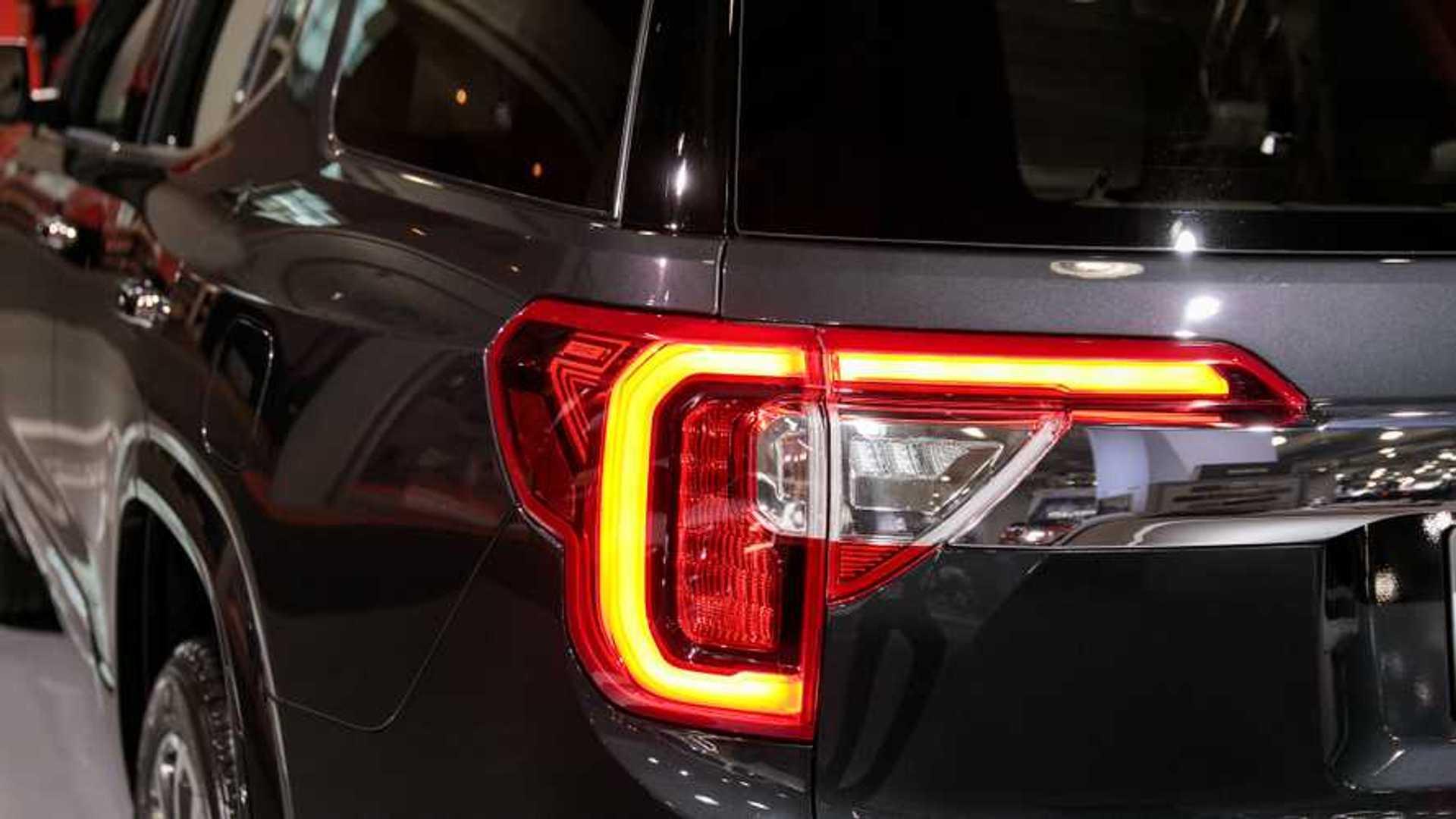 2020 GMC Acadia Taillight Design Hides A Little Secret
