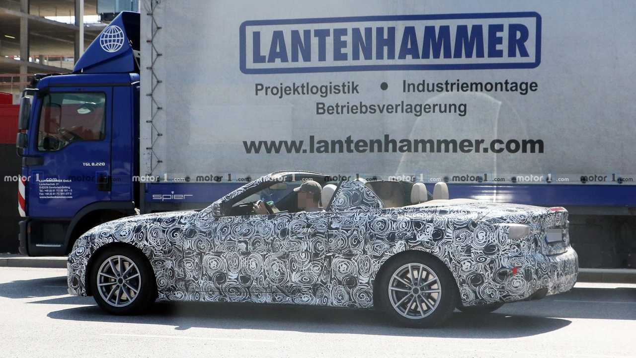 All New Bmw 4 Series Convertible Caught With The Top Down
