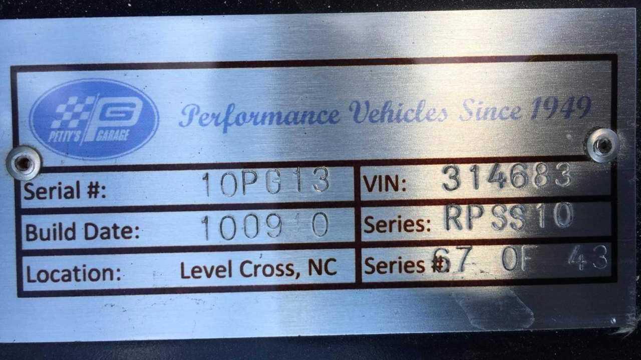 2010 Dodge Challenger Richard Petty Series