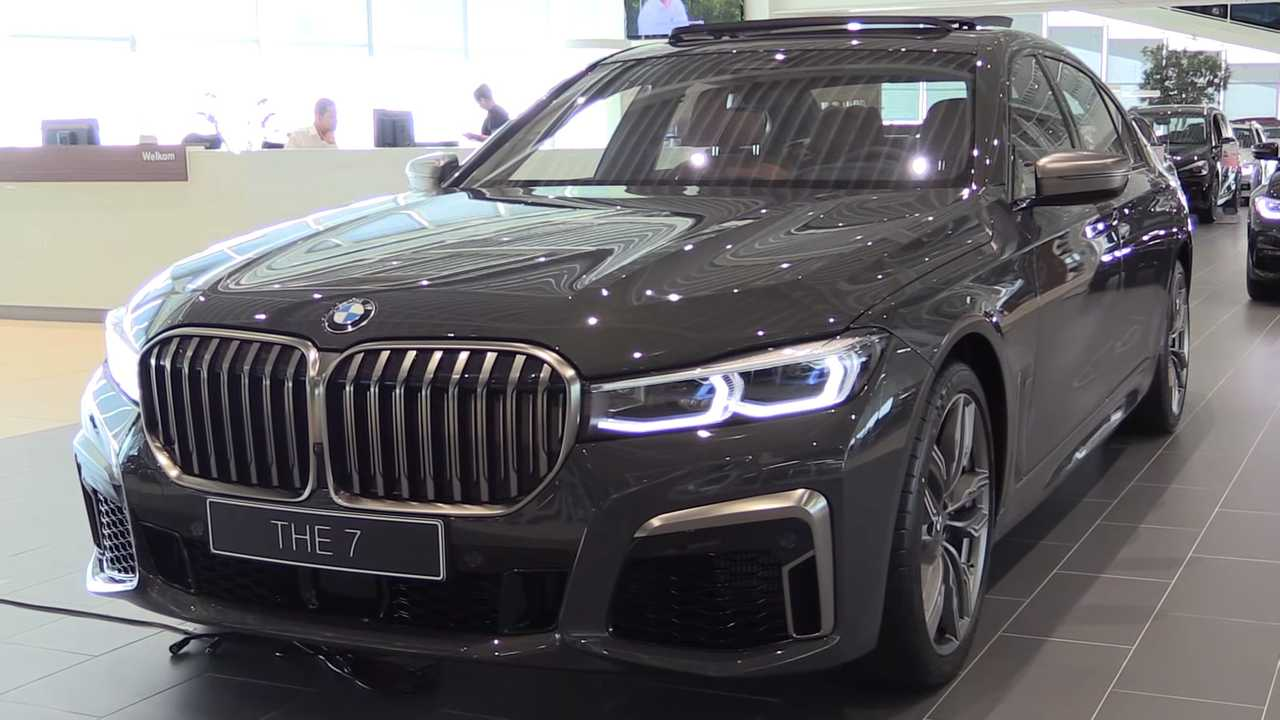 Take A Video Tour Of The 2019 Bmw M760li And Its Mighty Grille