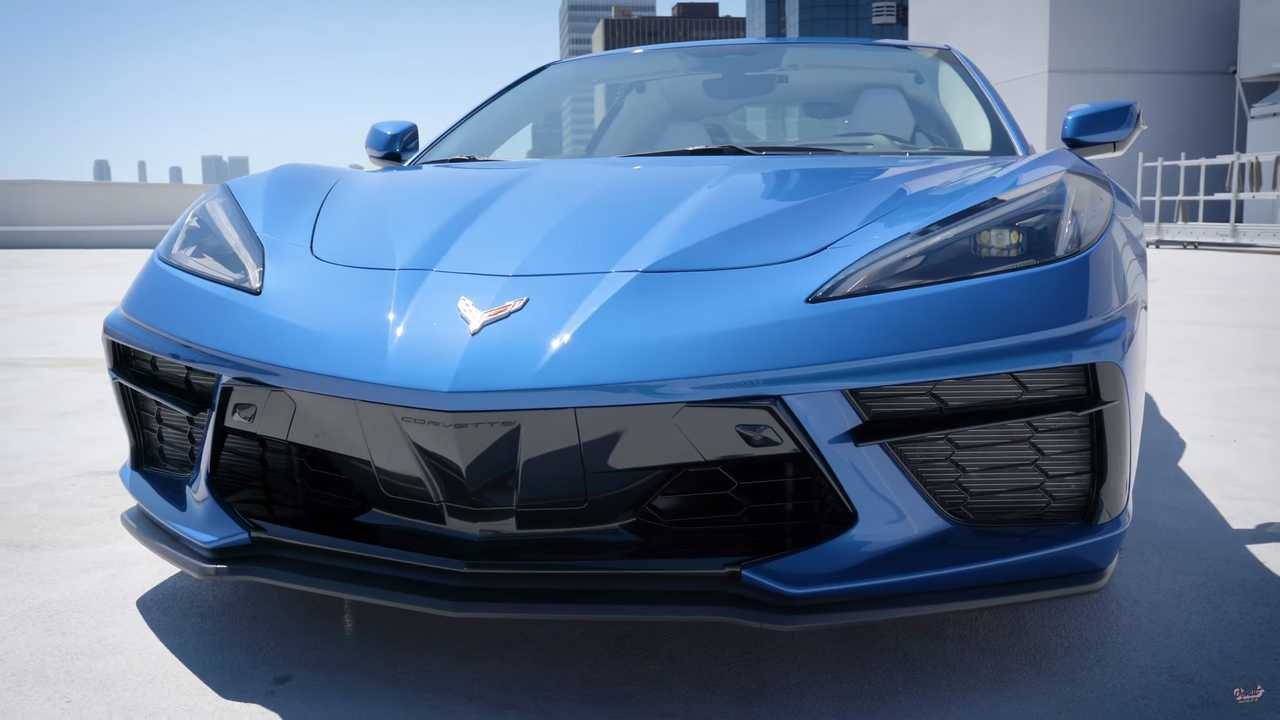 2020 Corvette Stingray Gets Respect In Up-Close Video Tour