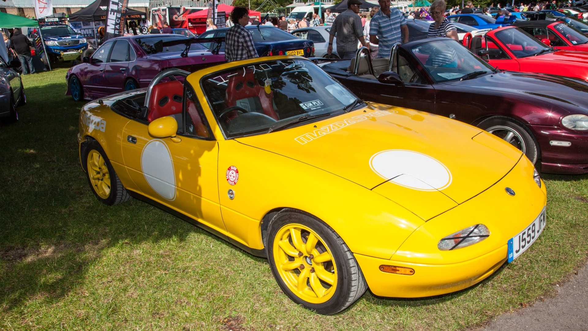 "[""Simply Japanese Event Celebrates MX-5 And GT-R""]"