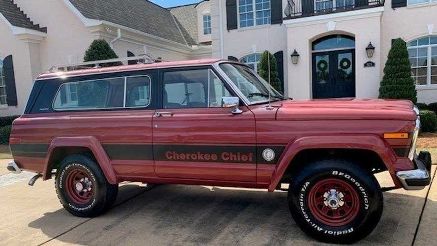 1980 Jeep SJ Cherokee Chief 5.9