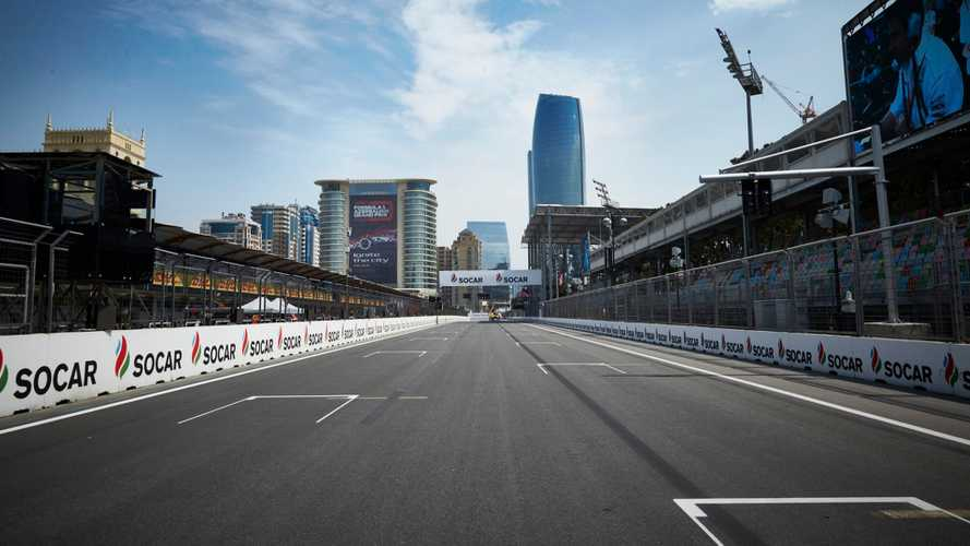 Baku, si apre un tombino, Williams distrutta e libere annullate