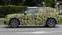 Next generation MINI Countryman spy photo