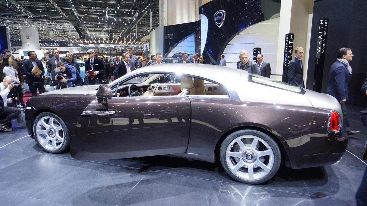 2014 Rolls-Royce Wraith live in Geneva