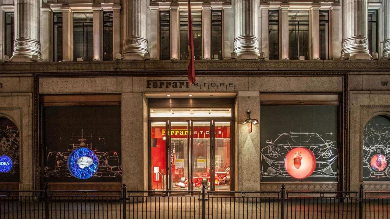 Heart of Ferrari display in London 16.4.2013