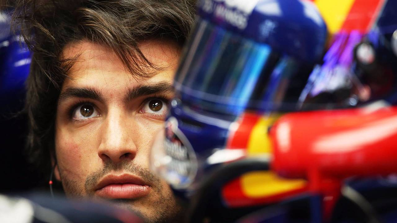 Carlos Sainz se estrena en Renault