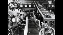 Ford Model T e la catena di montaggio: le foto storiche