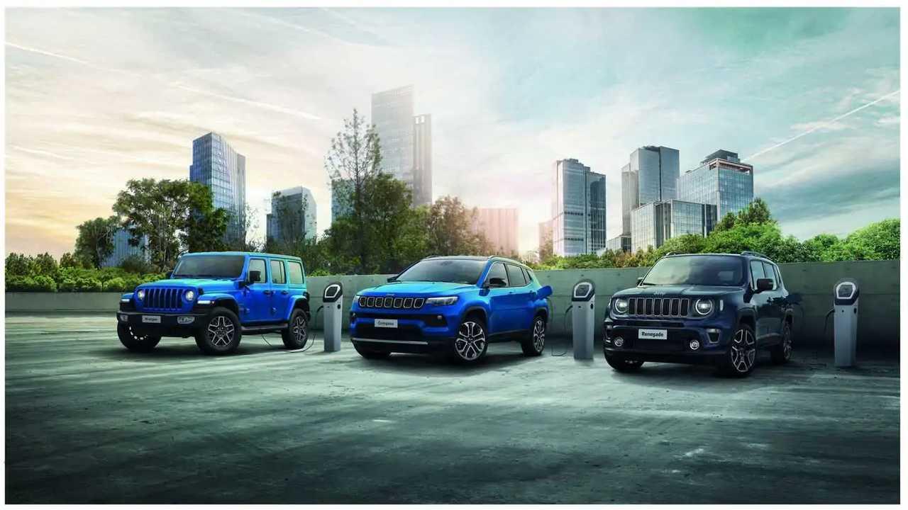 Jeep 4xe range - from left: Wrangler 4xe, Compass 4xe and Renegade 4xe
