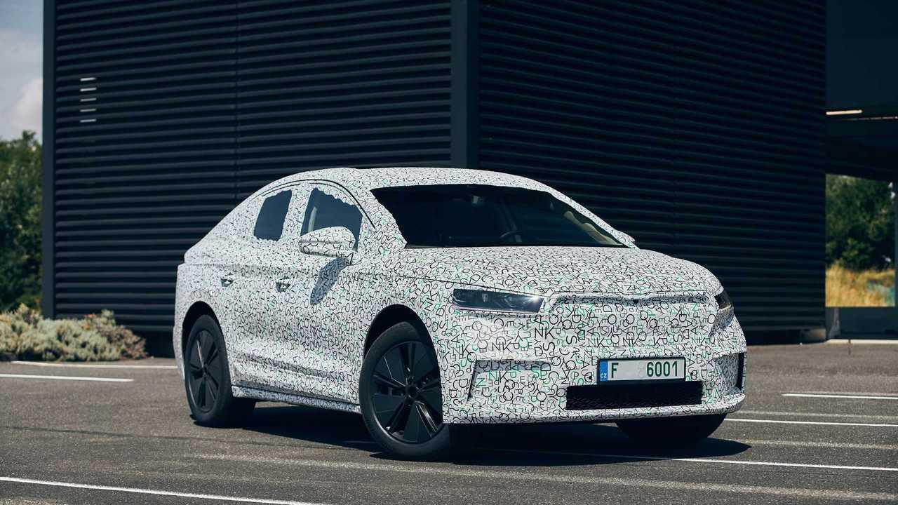 Skoda частично раскрыла новое кросс-купе