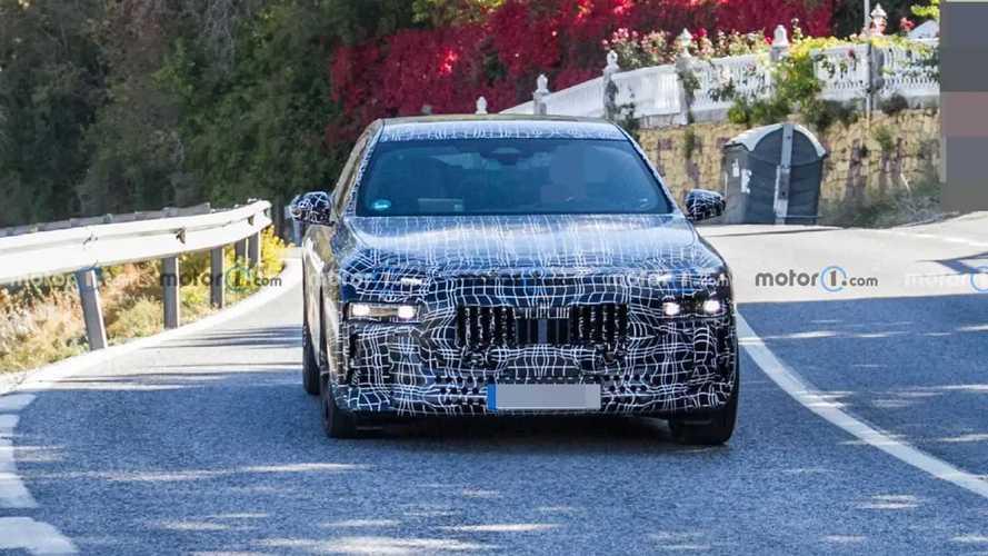 2023 BMW 7 Series new spy photos