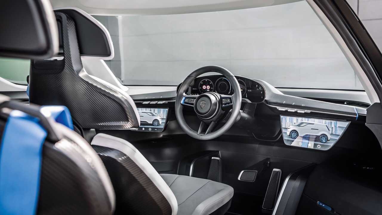 Porsche Vision Renndients Electric Concept Interior 3
