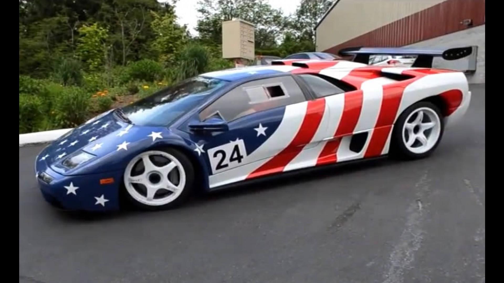 Video Lamborghini Diablo Em Traje Americano