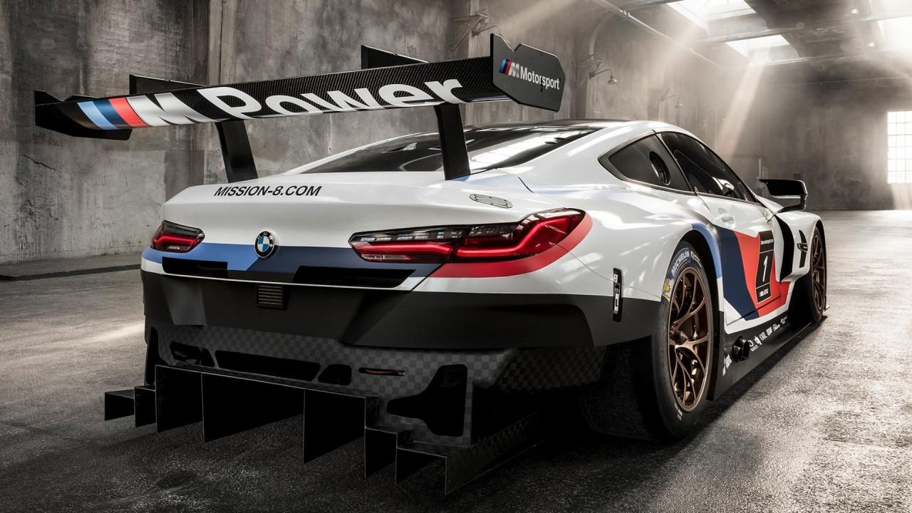 [Copertina] - Salone di Francoforte: BMW M8 GTE, quella per la pista