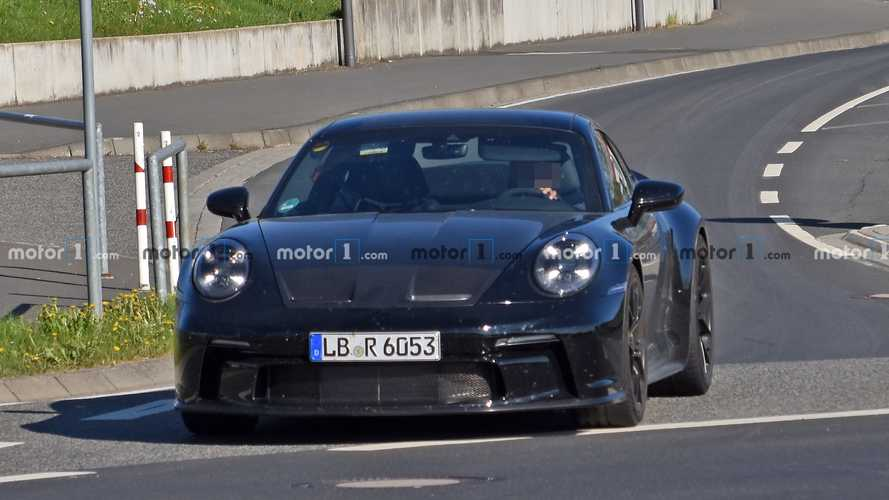 Porsche 911 GT3 Touring package new spy photos
