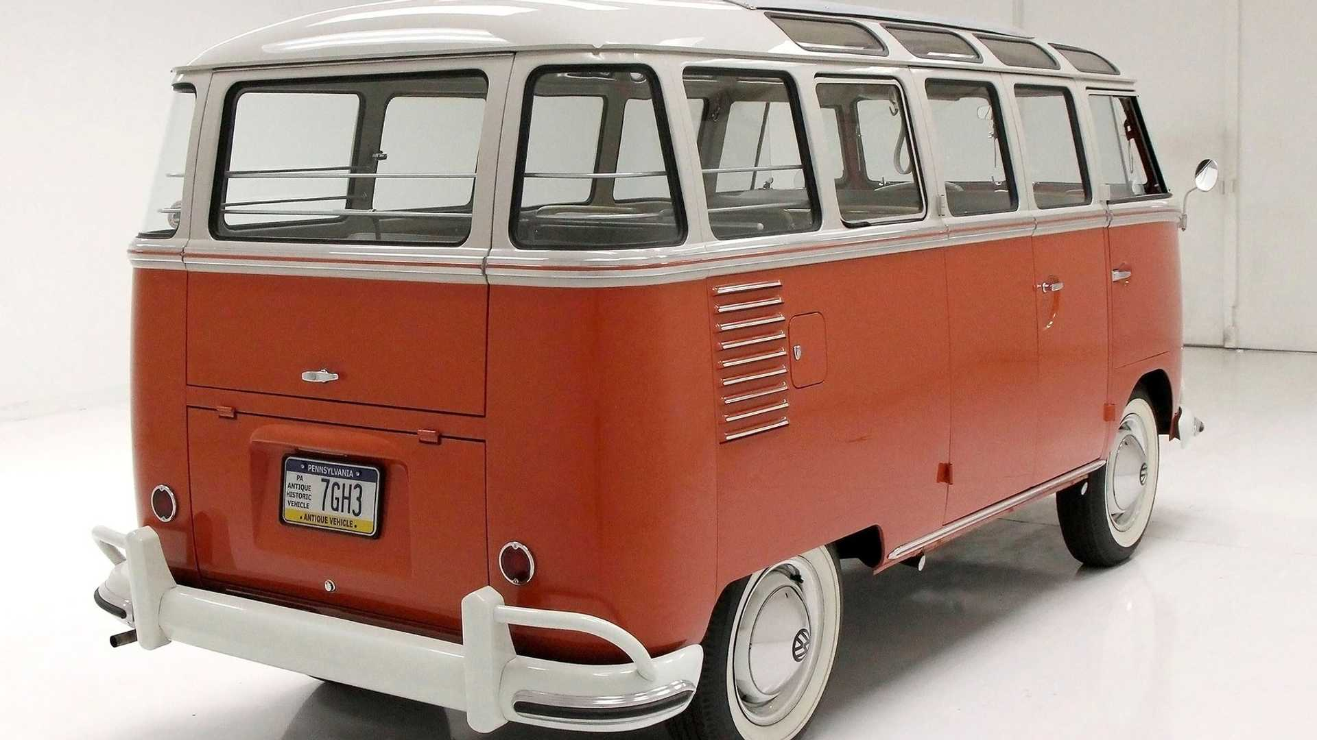 "[""Cruise In A 1961 Volkswagen Microbus""]"