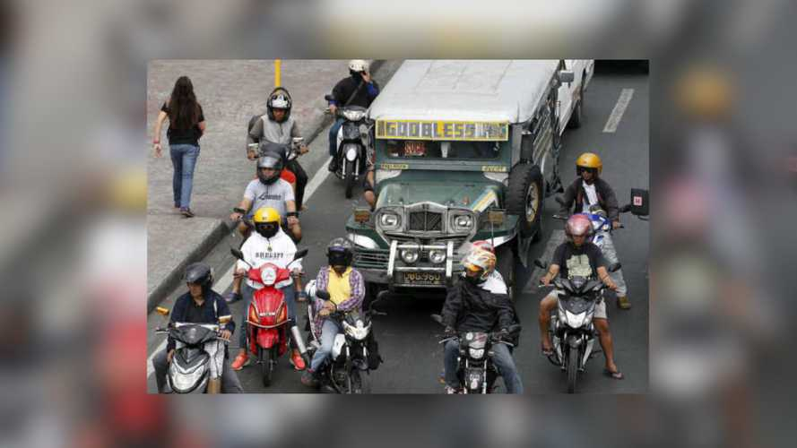 Metro Manila Had An Average of 86 Motorcycle Accidents Per Day in 2019
