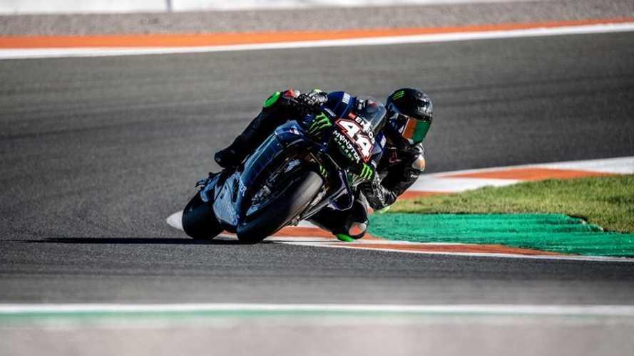 """Hamilton dejó """"muy impresionado"""" al jefe de Yamaha con la MotoGP"""