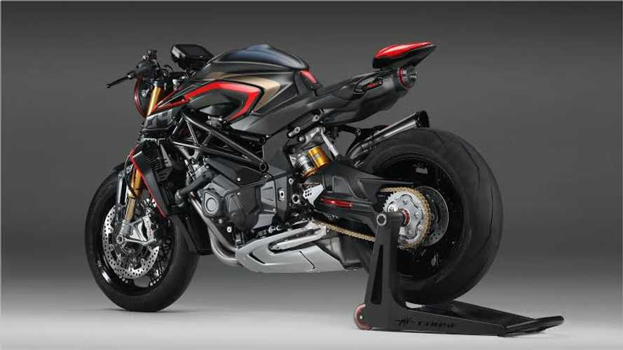 Is the MV Agusta Rush 1000 The Most Powerful Naked Bike In Production?