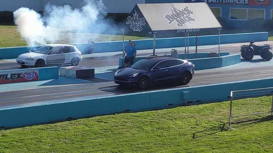Watch Tesla Model 3 Race Smoky Honda Civic Locomotive Chimney Car